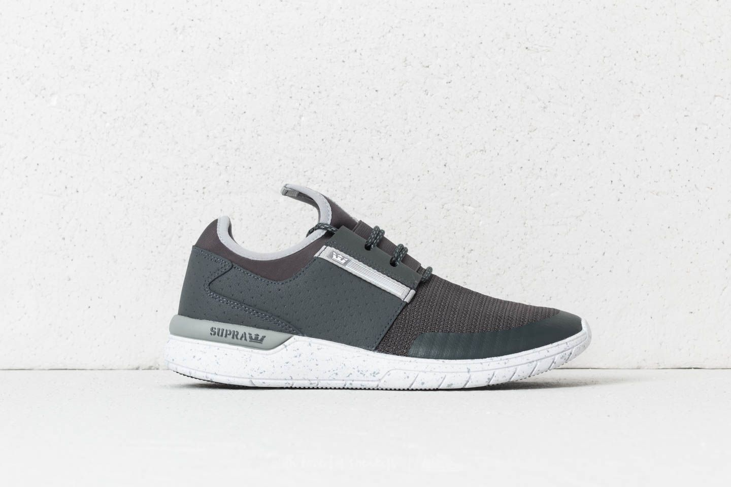ed8a3b76675a Supra Flow Run Dark Grey-Light Grey at a great price 66 € buy at