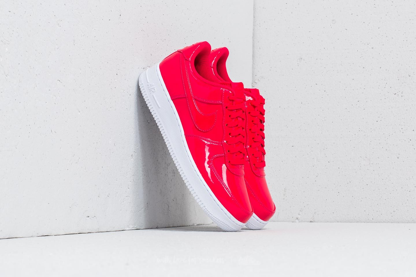 pretty nice 309db e2645 Nike Air Force 1 '07 LV8 UV Siren Red/ Siren Red-White | Footshop