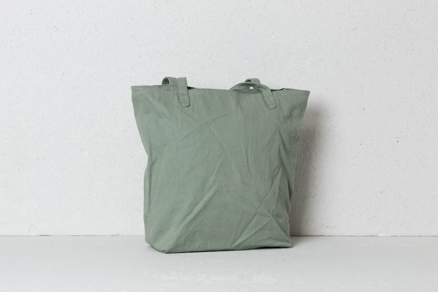 b76b515d0ed2 Herschel Supply Co. Mica Tote Shadow at a great price 51 € buy at Footshop