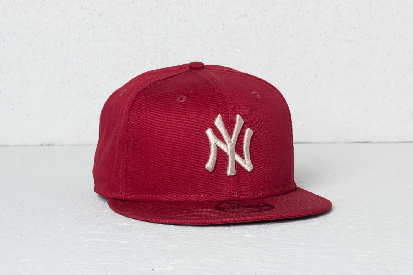 83a1a216ba3 New Era 9Fifty MLB League Essential New York Yankees Cap Cardinal  Satin