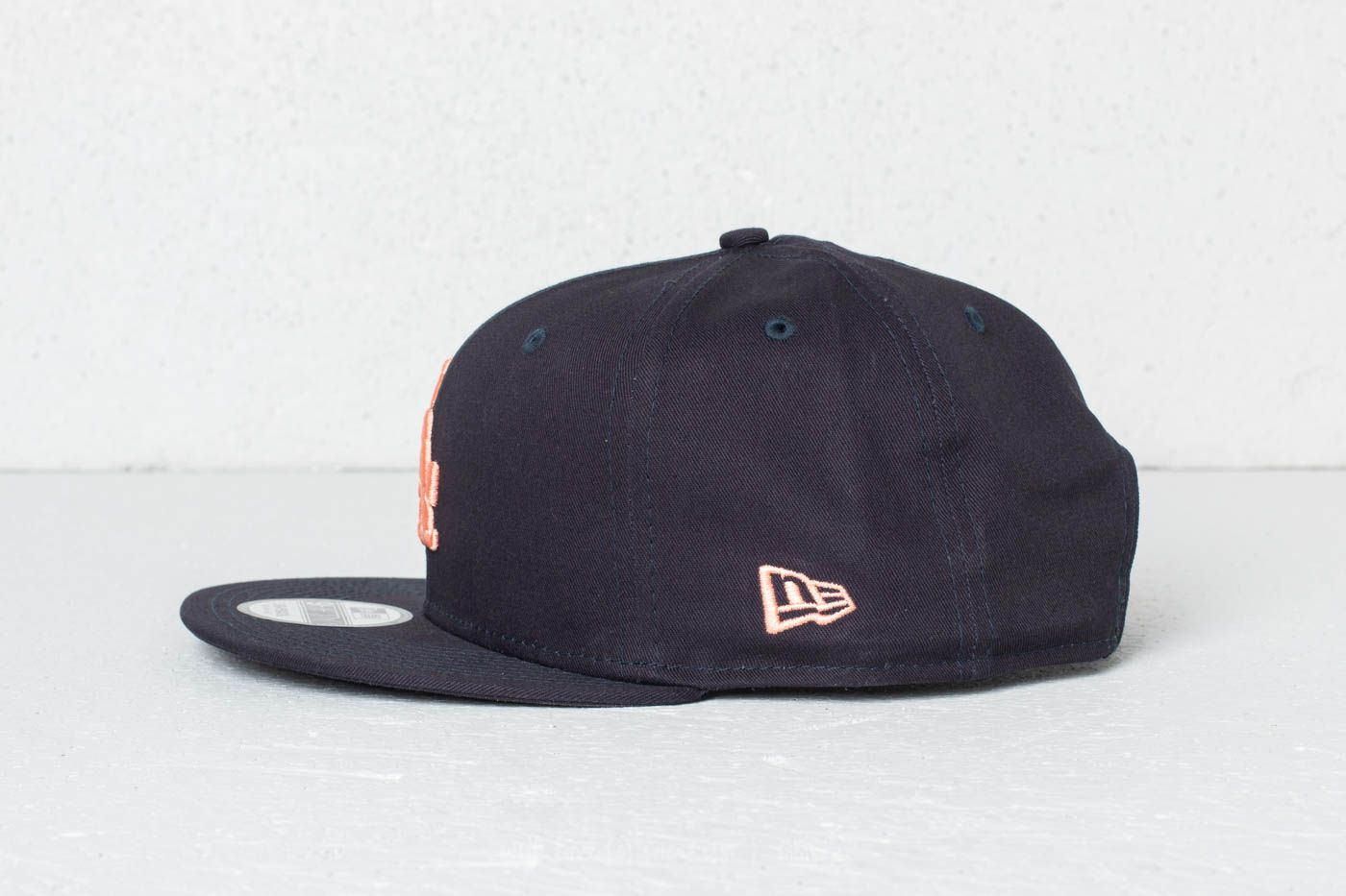 New Era 9Fifty MLB League Essential Los Angeles Dodgers Cap Navy  Peach at  a great 219904c915
