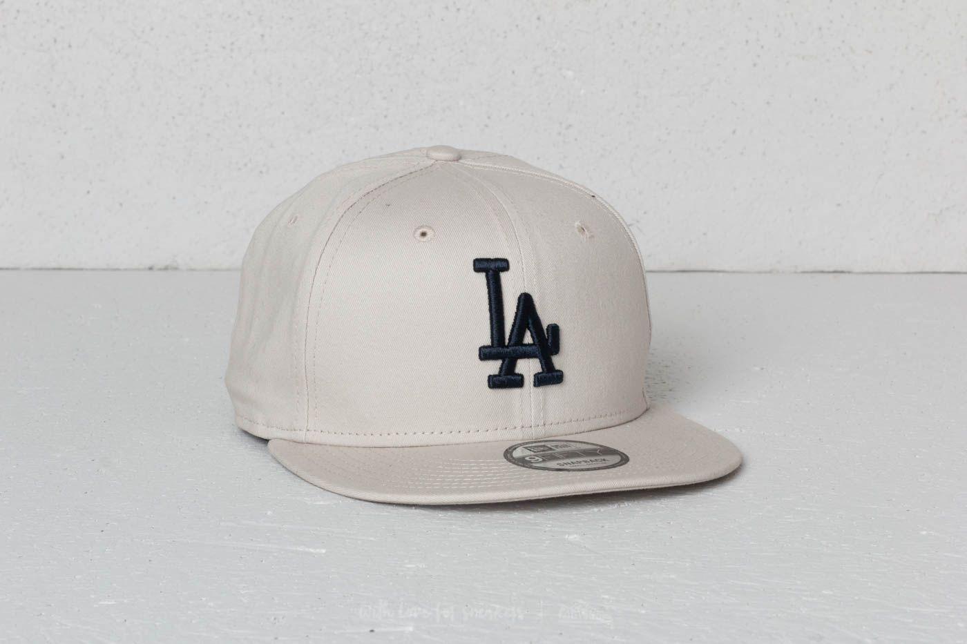 New Era 9Fifty MLB League Essential Los Angeles Dodgers Cap Satin/ Navy za skvělou cenu 459 Kč koupíte na Footshop.cz