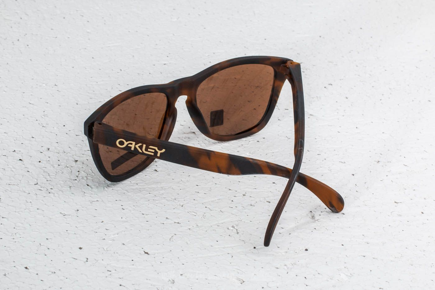 Oakley Frogskins Matte Tortoise  Prizm Tungsten at a great price 73 € buy  at Footshop e2b4c6cba6a