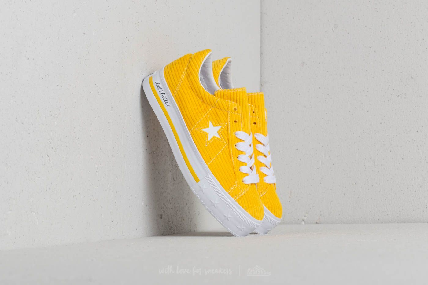 8b34fd1216a2c3 Converse x Mademe One Star Platform OX Vibrant Yellow at a great price 81 €  buy