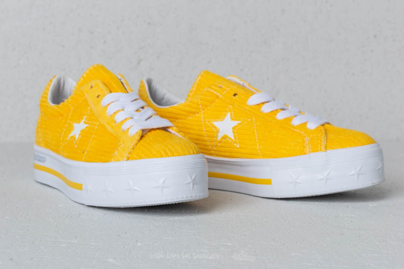 Converse x Mademe One Star Platform OX Vibrant Yellow at a great price 81 €  buy 4e8037470d8