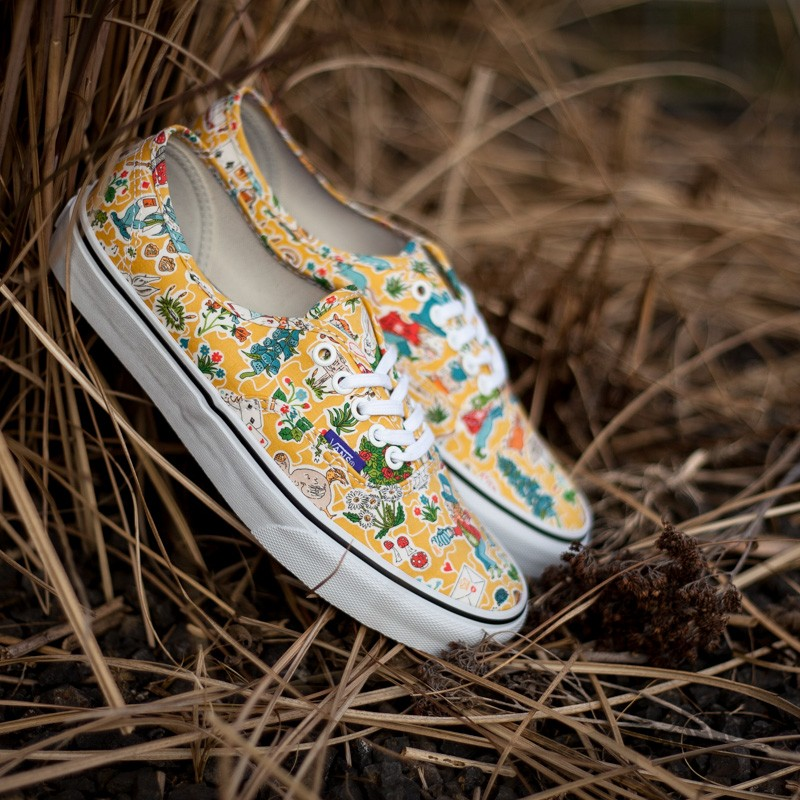 3bc6e9990c Vans Authentic (Liberty) Wonderland True White