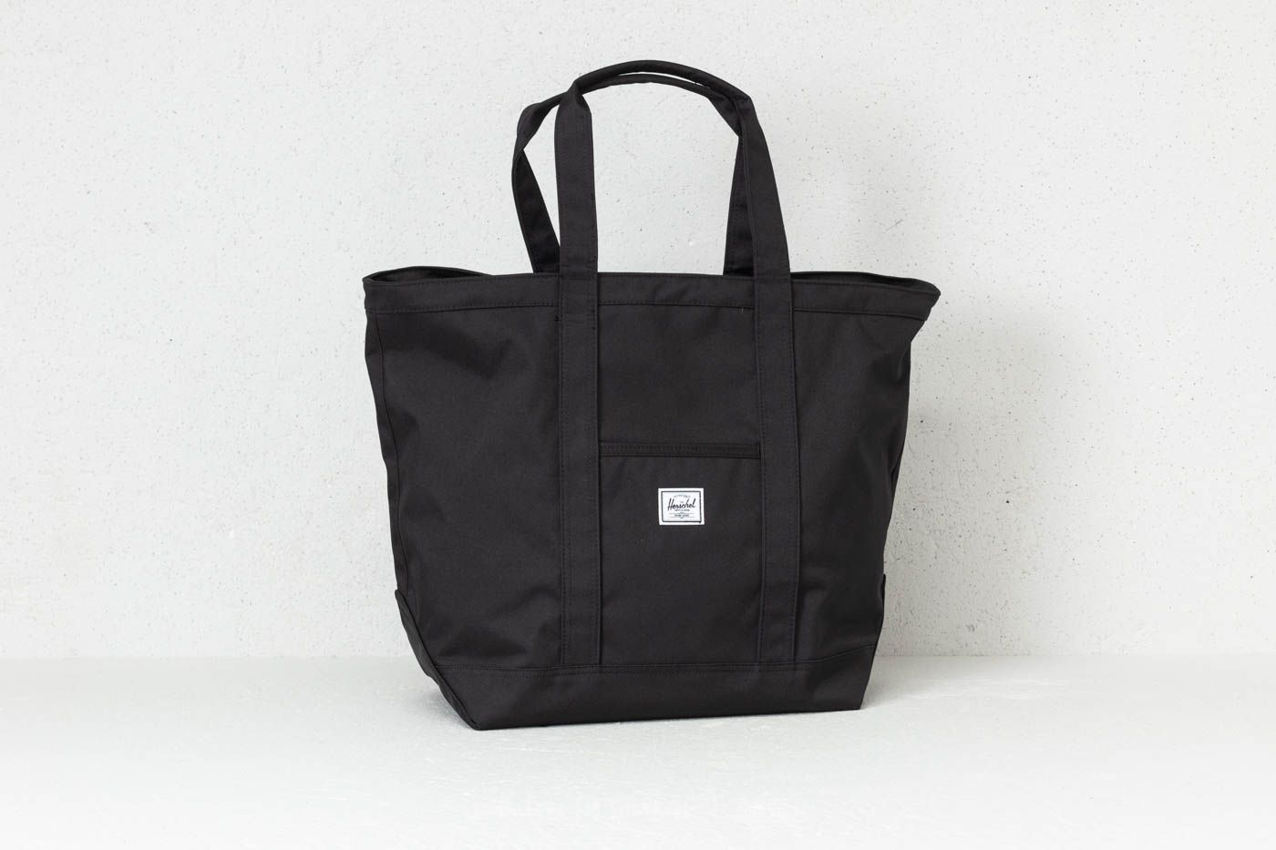 47db017a8dee Herschel Supply Co. Bamfield Mid-Volume Tote Black at a great price 62 €