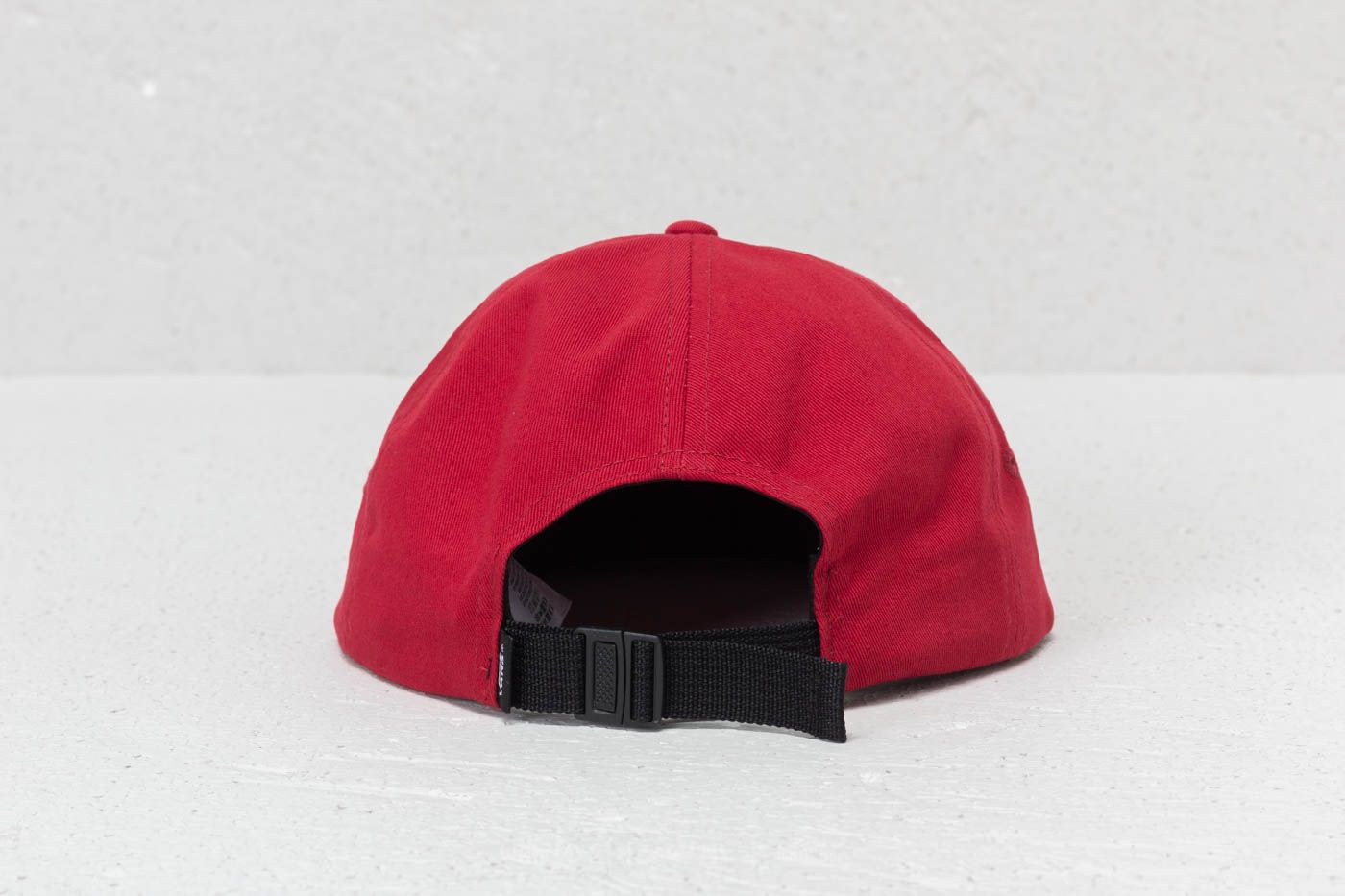 5699a984d42 Vans Strapback (Marvel) Chili Pepper at a great price 16 € buy at Footshop