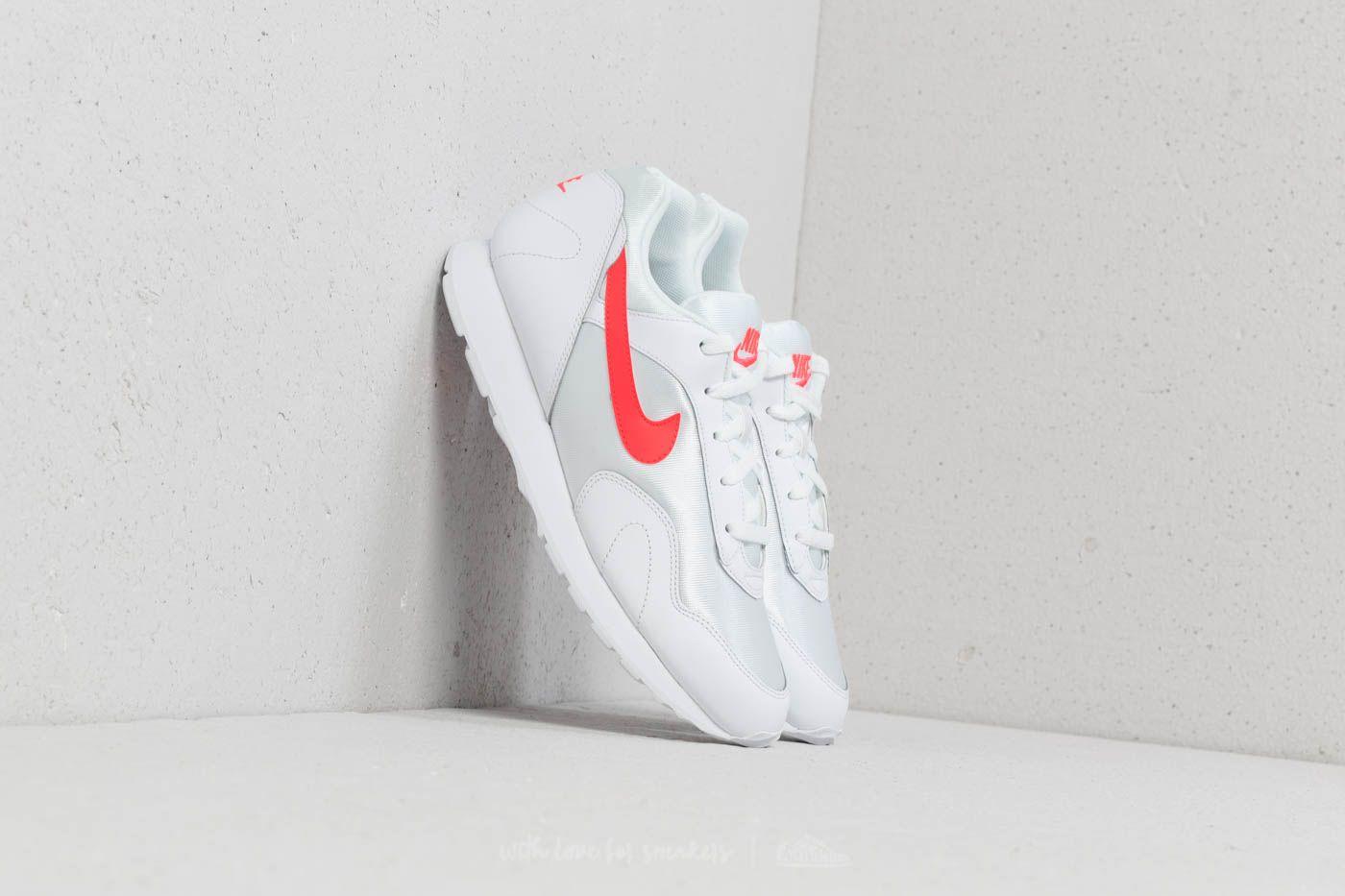 Nike Outburst W White/ Solar Red-White za skvělou cenu 2 390 Kč koupíte na Footshop.cz