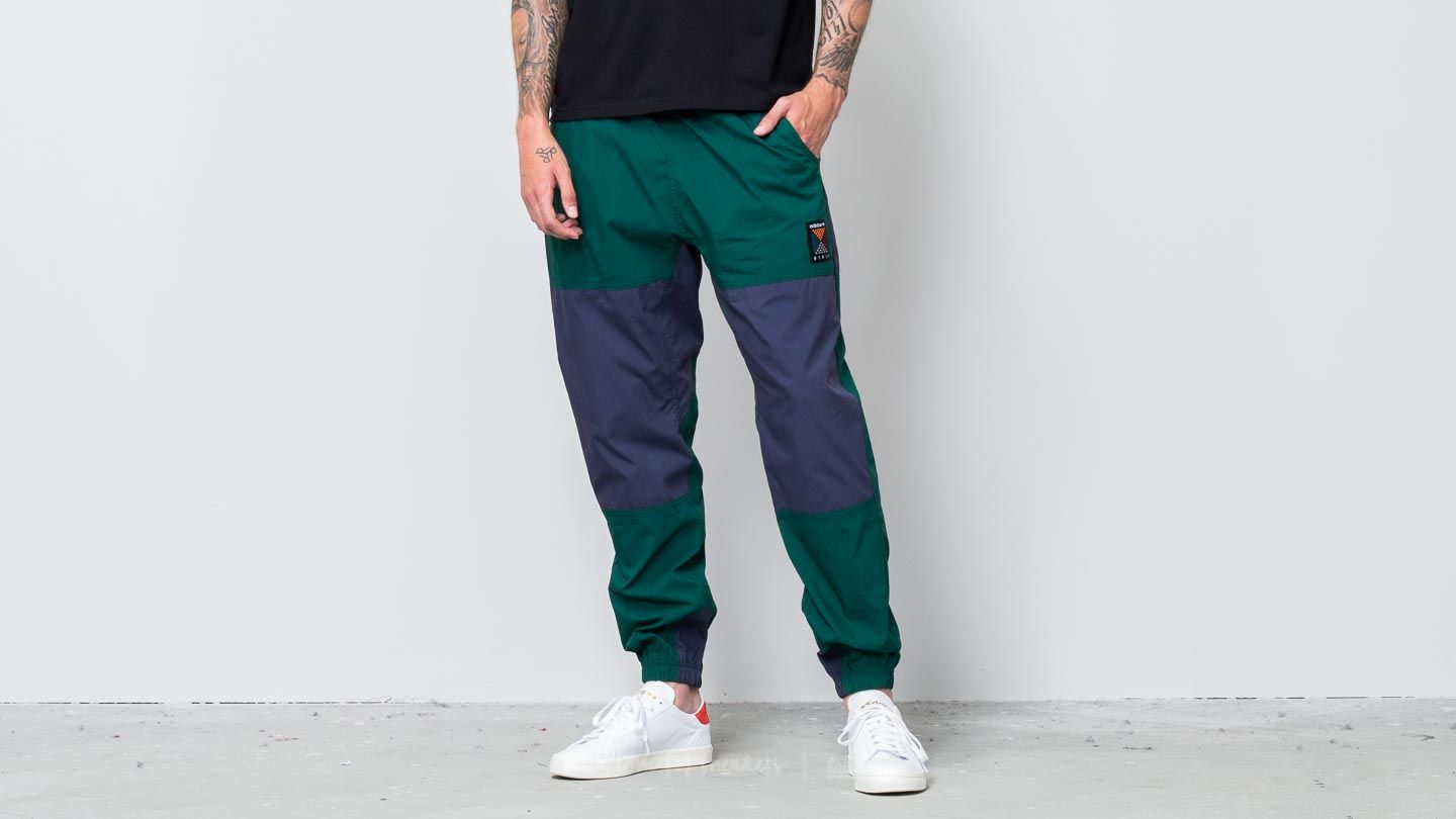 frutti di mare Infine falegname  Pants and jeans adidas Atric Pant Collegiate Green | Footshop