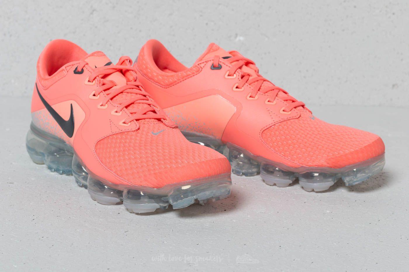 a0ce78af11af Nike Air Vapormax Wmns Light Atomic  Dark Grey at a great price 191 € buy