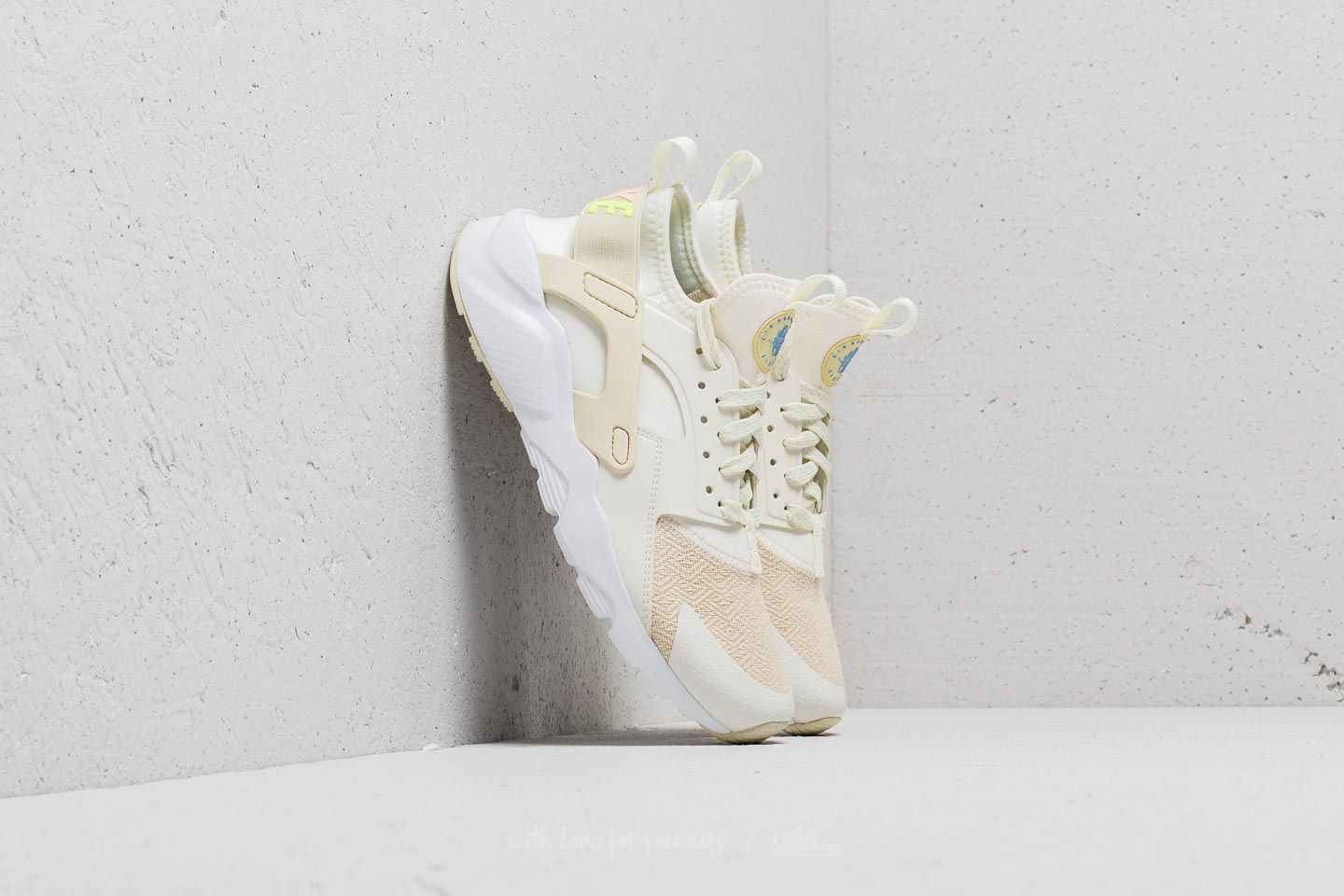 1ce250b1a1d0 Nike Huarache Run Ultra SE (GS) Sail  Fossil-Royal Tint