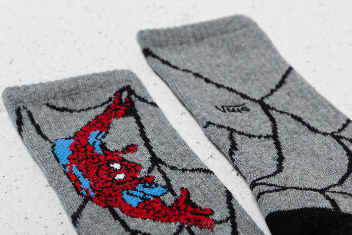 e2516ade5aa8 Vans Crew Sock (Marvel) Heather Grey at a great price 11 € buy at