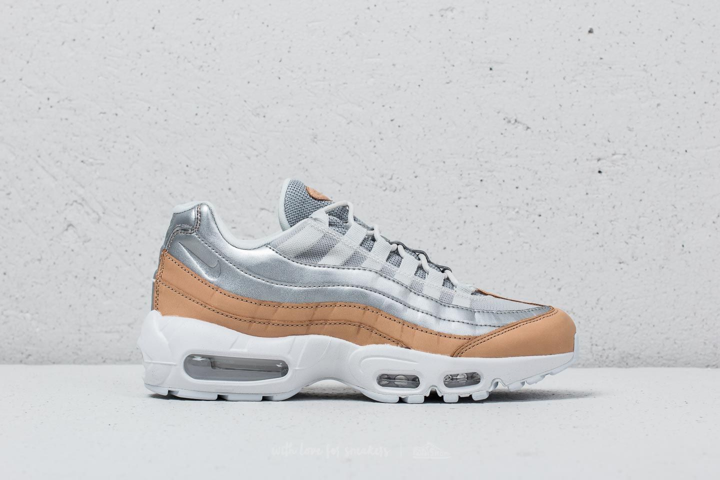 premium selection 160e8 3a76b Nike Air Max 95 SE Premium Pure Platinum  Metallic Silver at a great price  180