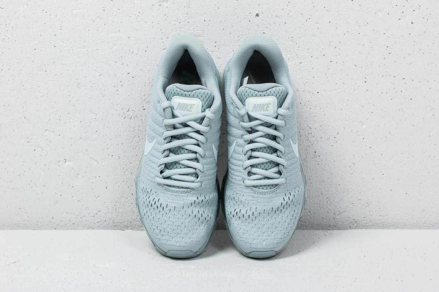 c08fd0489ce30f Nike Wmns Air max 2017 SE Light Pumice  Barely Grey at a great price £