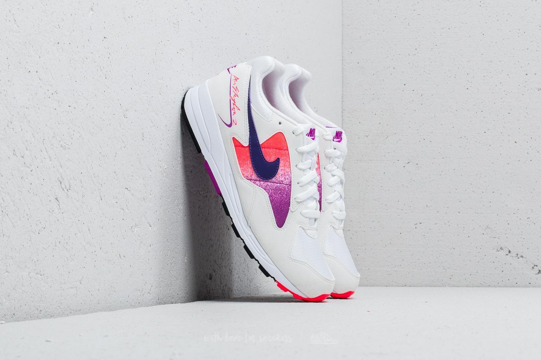 Nike Air Skylon II White/ Court Purple-Solar Red za skvělou cenu 1 880 Kč koupíte na Footshop.cz