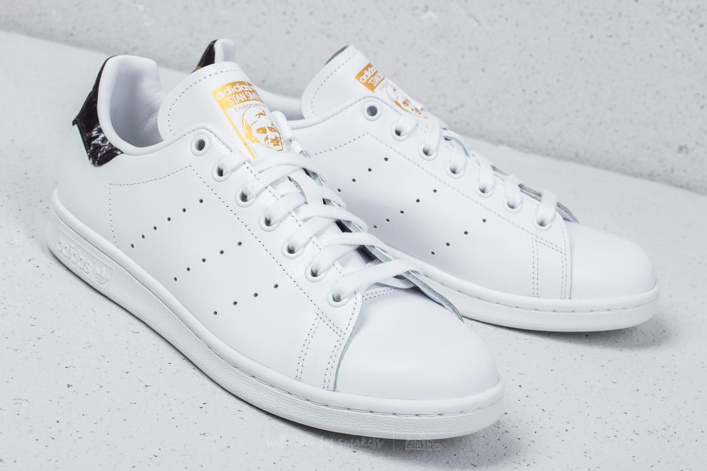 Adidas Stan Smith Ftw White Core Black Gold Mint At A Great Price 66