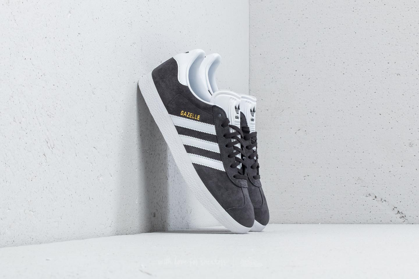 Männer adidas Gazelle Solid Grey/ White/ Gold Metallic