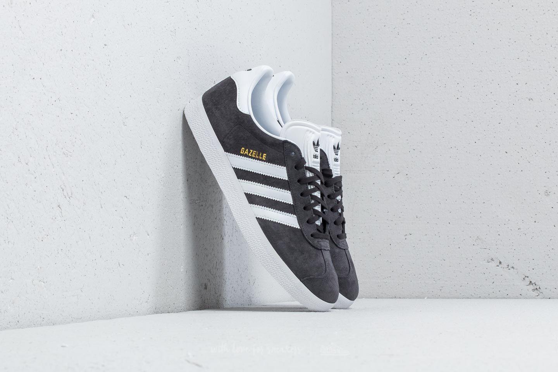 sale retailer 19bc1 1a6df adidas Gazelle. Solid Grey White Gold Metallic