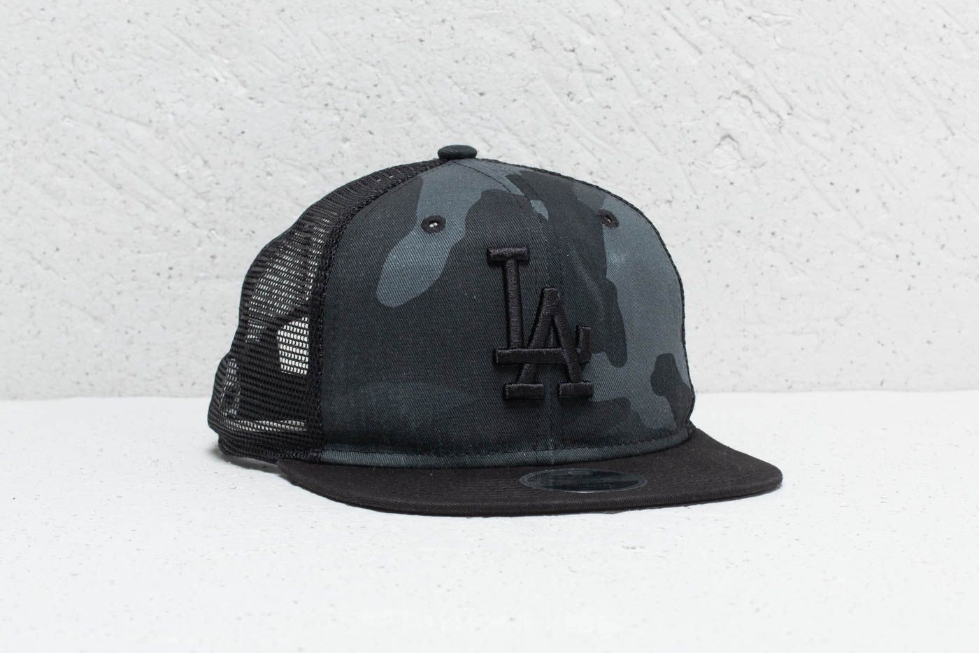 New Era 9Fifty Youth MLB Los Angeles Dodgers Trucker Washed Camo at a great  price 19 f53c833ceb