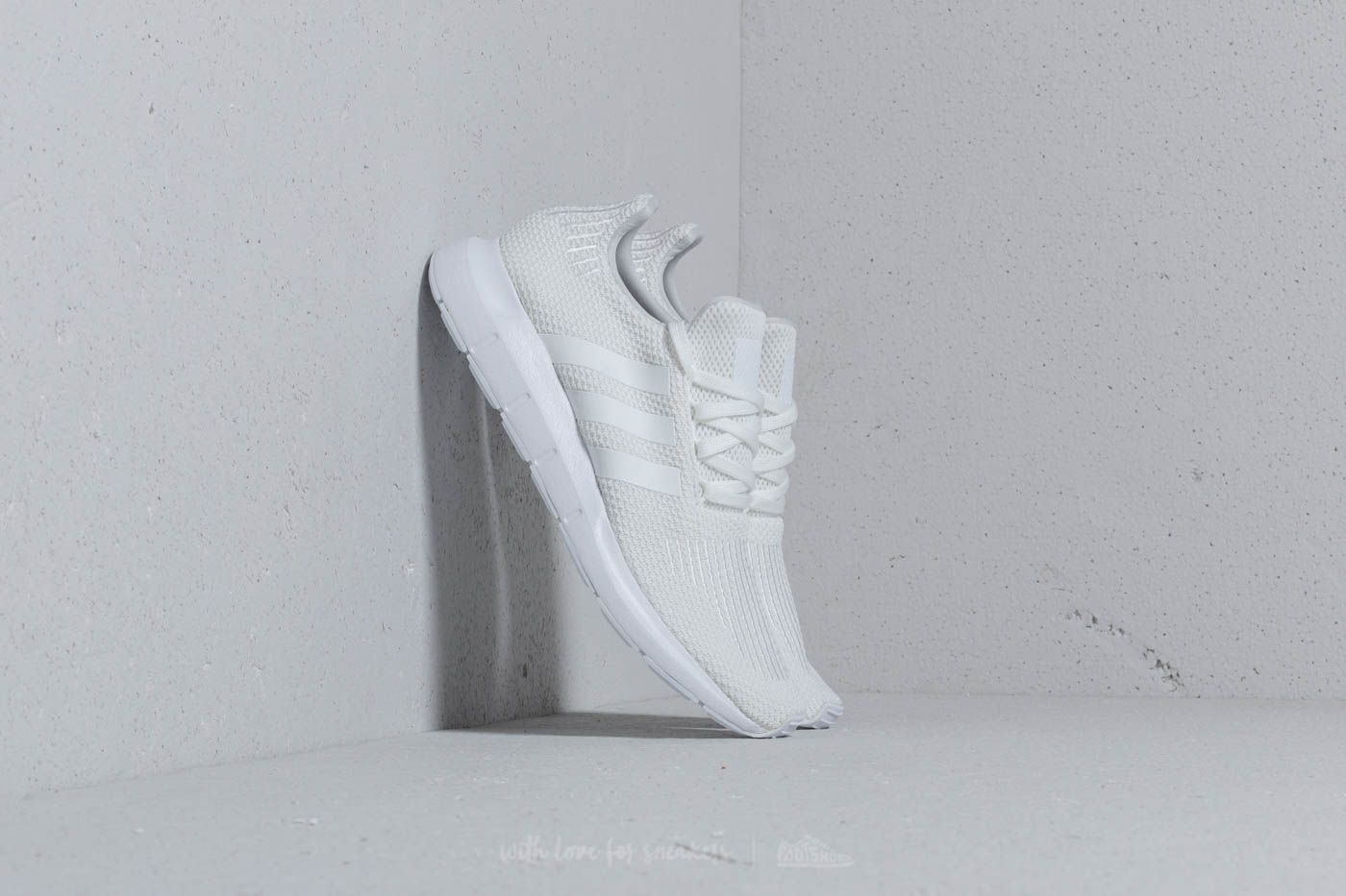 6e7ef1713fa3 adidas Swift Run Ftw White  Ftw White  Core Black at a great price 67