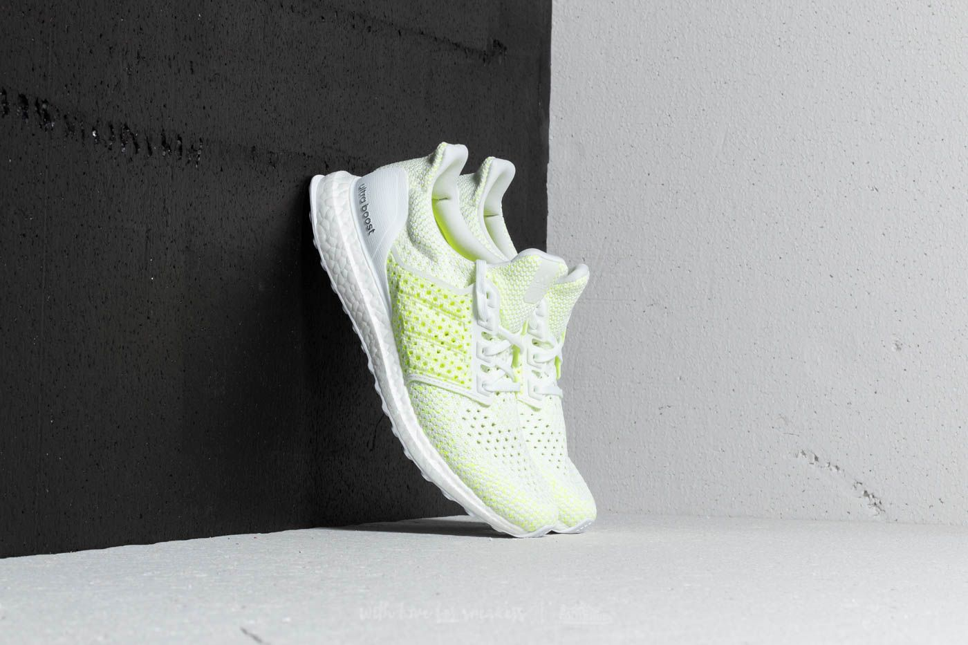 87cc869ac4cb adidas Ultraboost Clima Ftw White  Ftw White  Solar Red at a great price 159