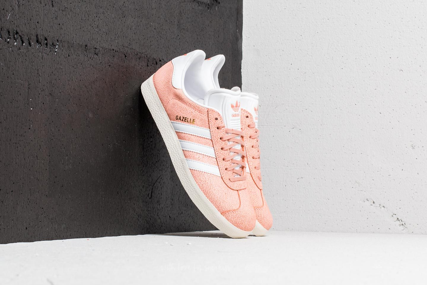 new product e9c88 56dc8 adidas Gazelle W Clear Orange Ftw White Off White at a great price 63