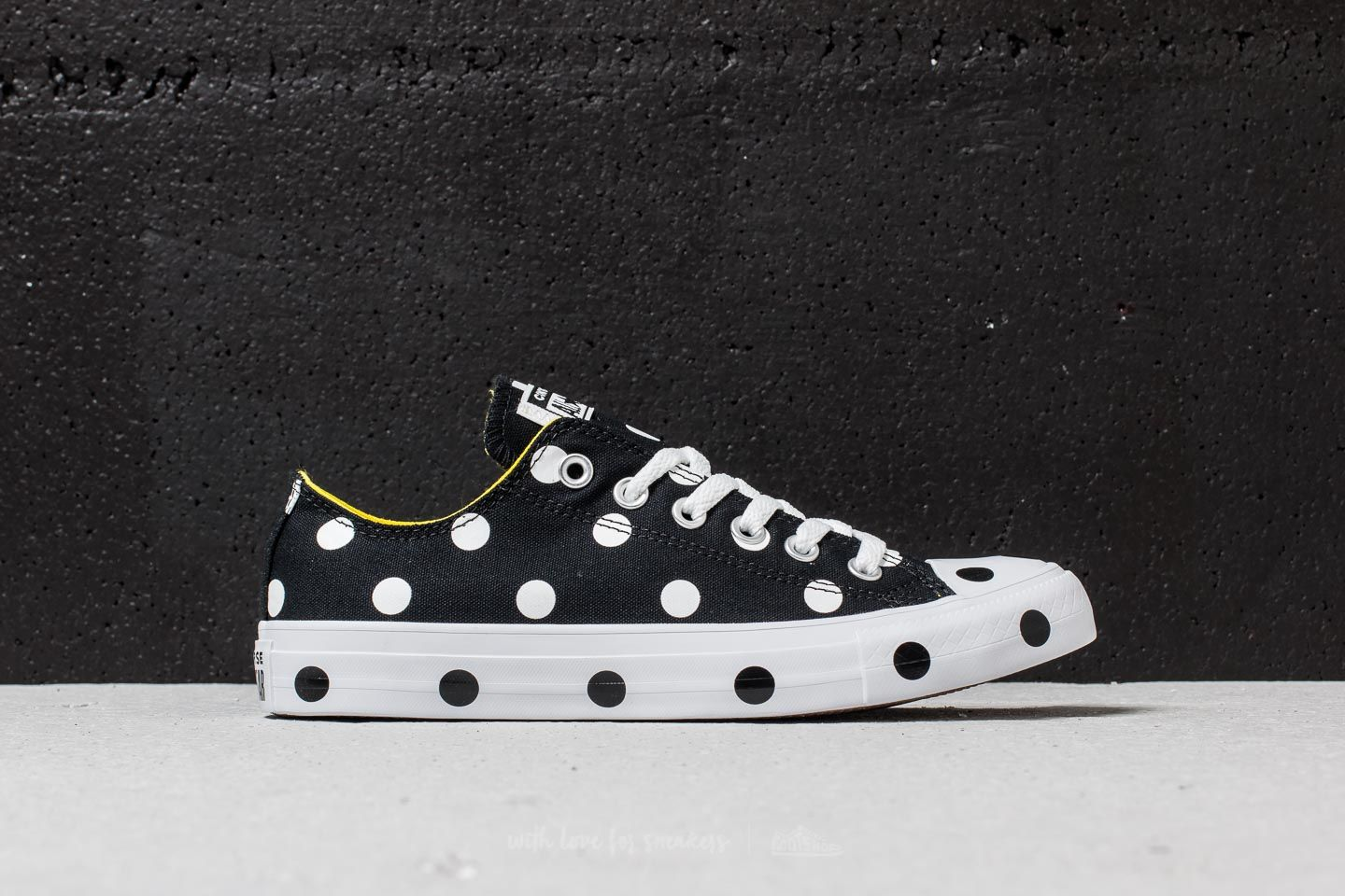 Converse Chuck Taylor All Star Ox Black  White  Fresh Yellow at a great  price b748fb9d88a1a