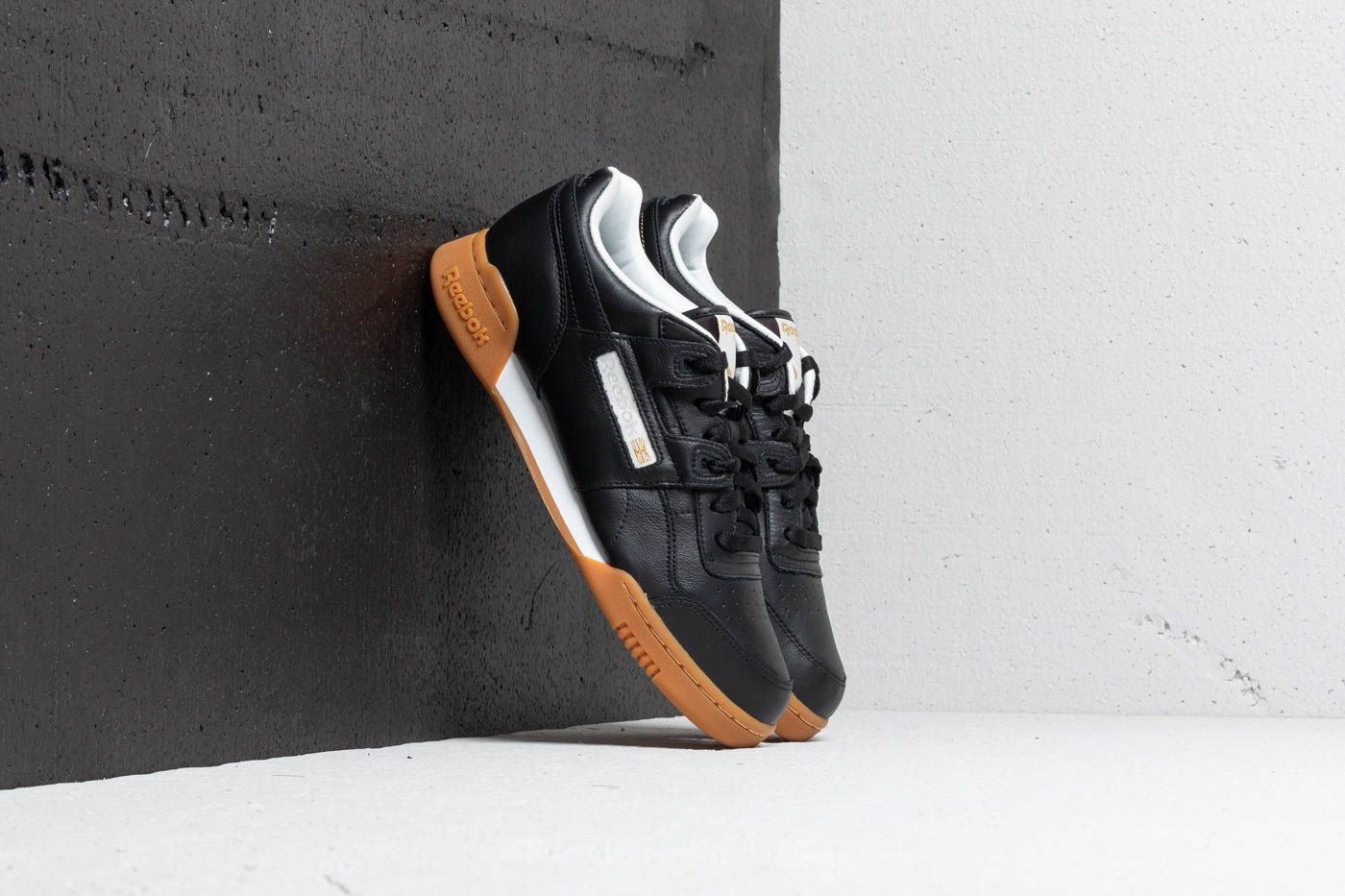 Reebok Workout Plus MU Black/ White/ Metallic Gold