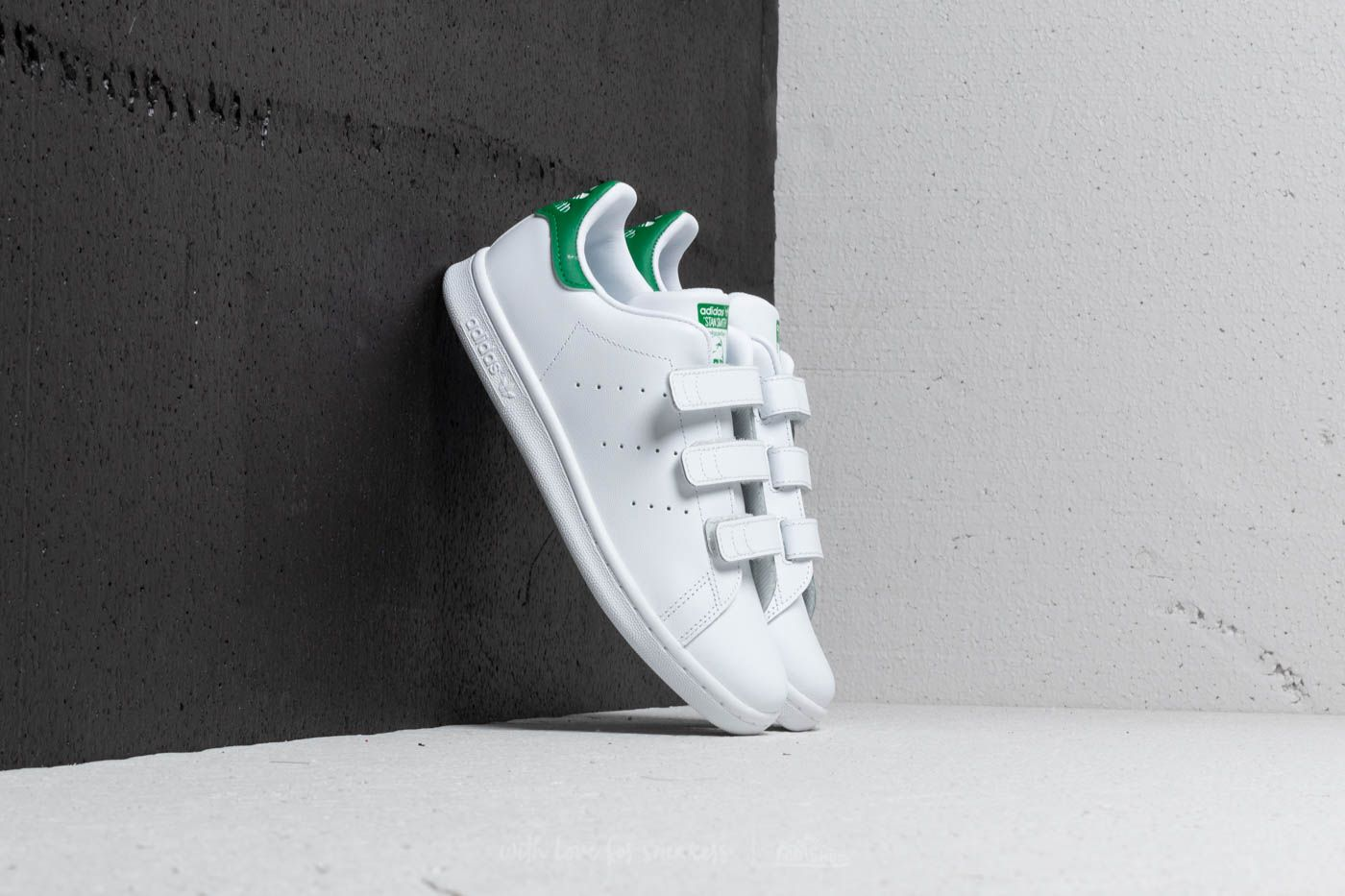 31c1a3833a adidas Stan Smith CF C Footwear White/ Green at a great price £29 buy