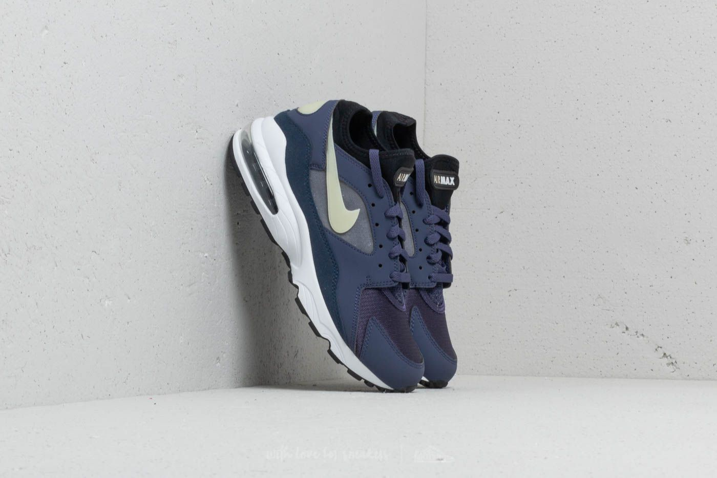 uk availability ee84d bcda0 Nike Air Max 93 Neutral Indigo  Obsidian-Fossil at a great price 100 €