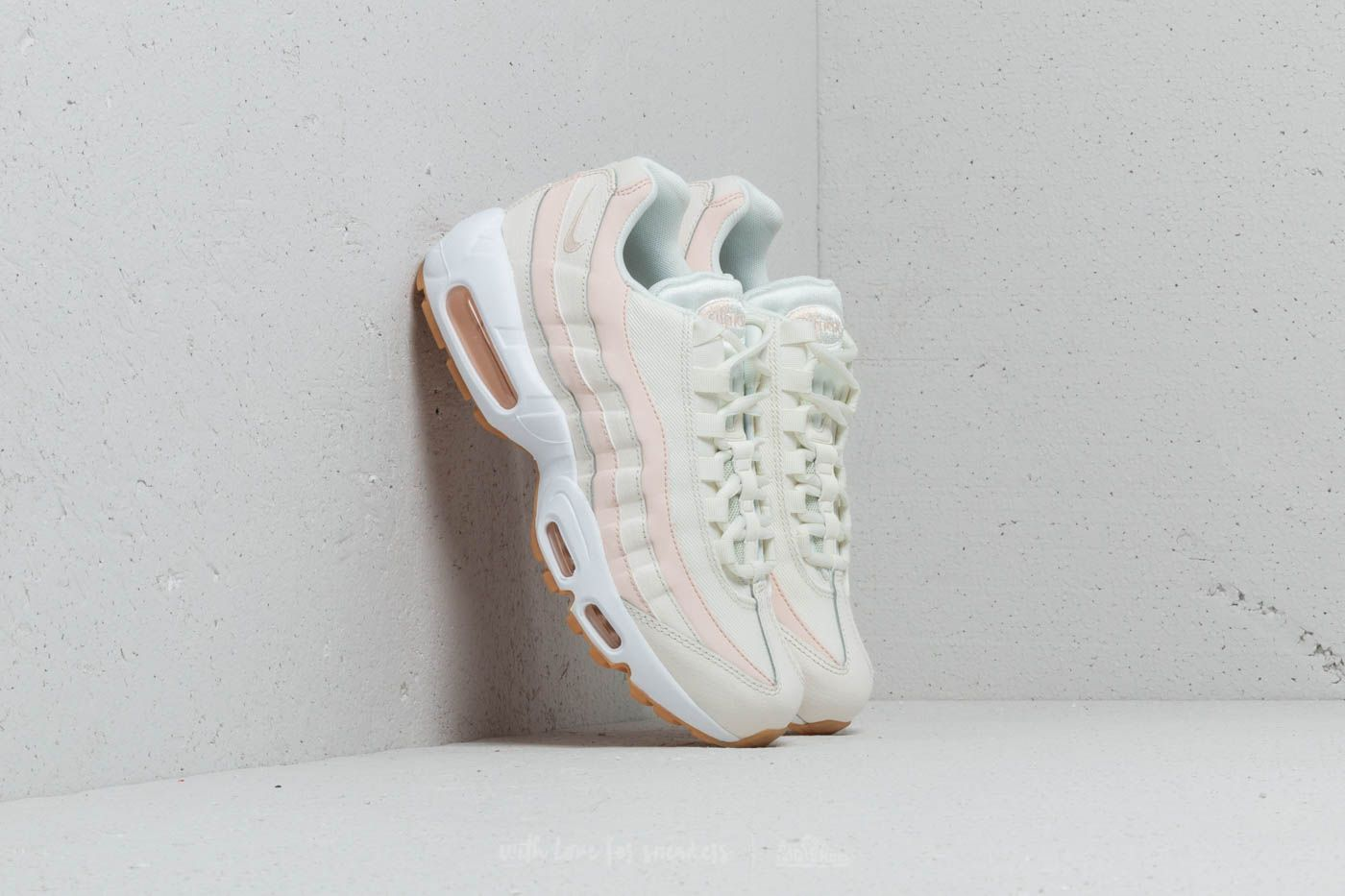 detailed look 23ea8 709cf Nike Wmns Air Max 95 Sail  Guava Ice-Gum Light Brown at a great