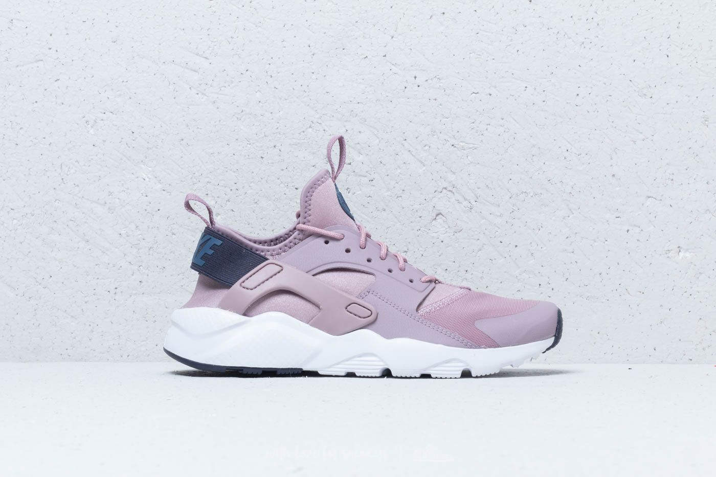 Nike Air Huarache Run Ultra GS Elemental Rose  Diffused Blue at a great  price 106 ceb81f4789e