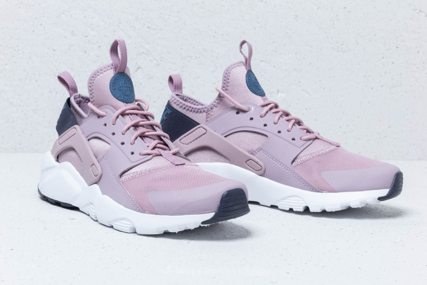 watch 82326 efdd7 ... netherlands nike air huarache run ultra gs elemental rose diffused blue  at a great price 9027e