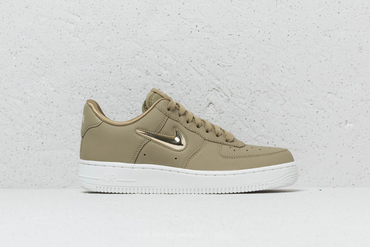 reputable site 7a7e3 81e7c Nike Wmns Air Force 1  07 Premium LX Neutral Olive  Metallic Gold Star at
