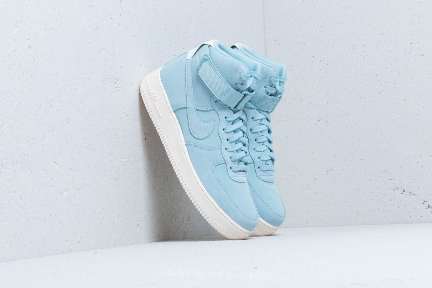 buy popular a872b 283c7 Nike Air Force 1 High ´07 Suede