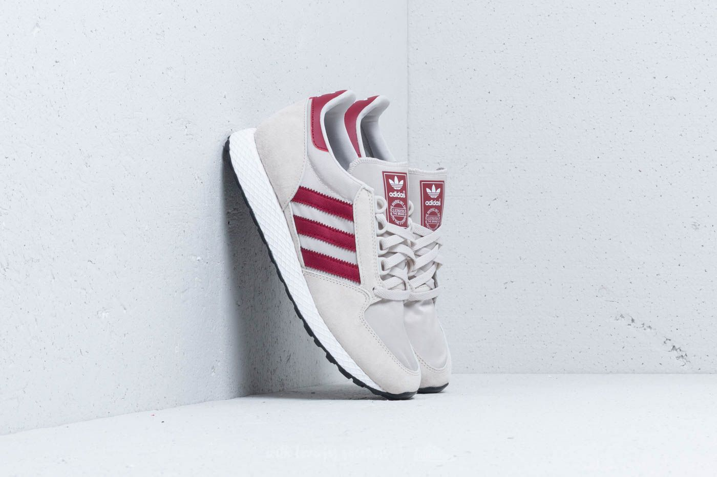 differently 3d930 b4660 adidas Forest Grove Chalk Peach  Ftw White  Core Black la un preț excelent  270