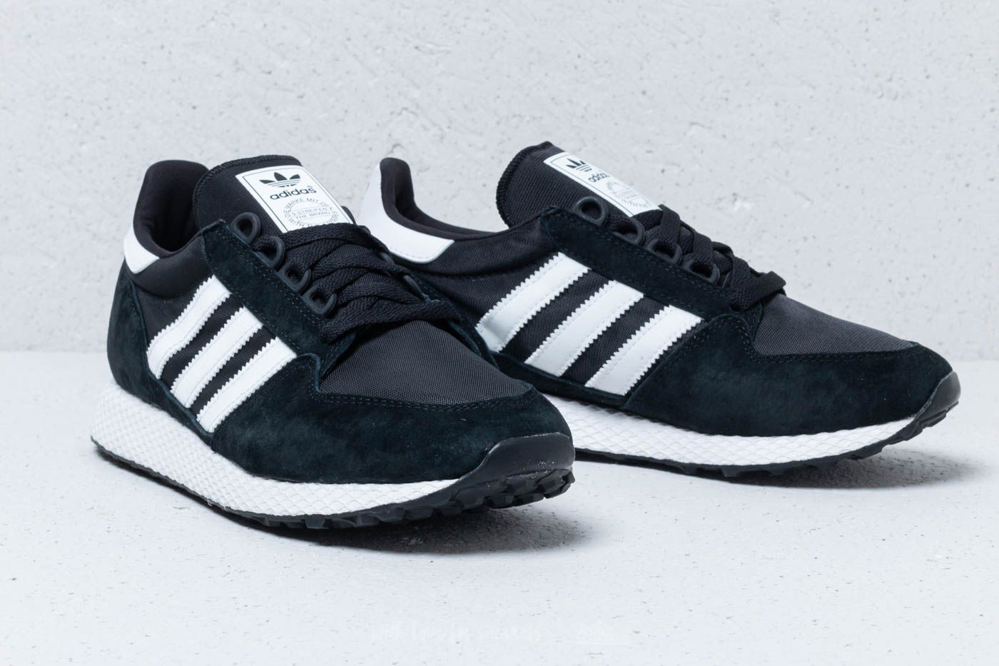 newest 9ddd7 00d04 adidas Forest Grove Core Black Ftw White Core Black at a great price £