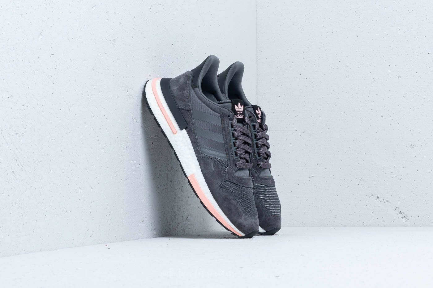newest 04ddd b9e2f adidas ZX 500 RM Grey  Grey  Pink at a great price £86 buy