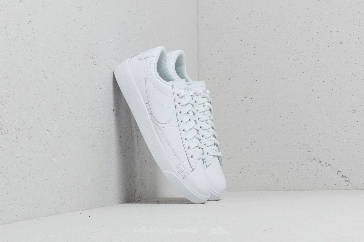Women's shoes Nike W Blazer Low White/ White-White
