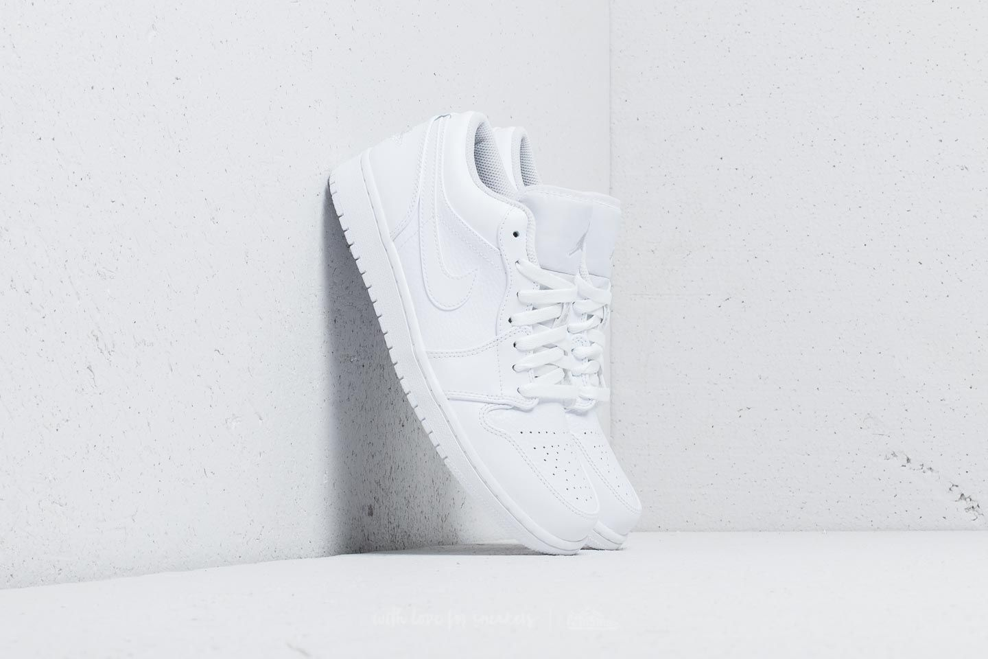 Air Jordan 1 Low White/ Pure Platinum-White