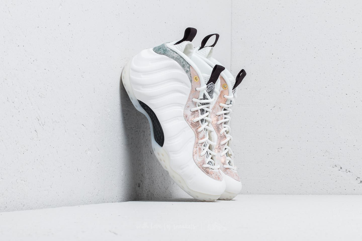 07a2634bcb2 Nike Wmns Air Foamposite One Summit White  Summit White