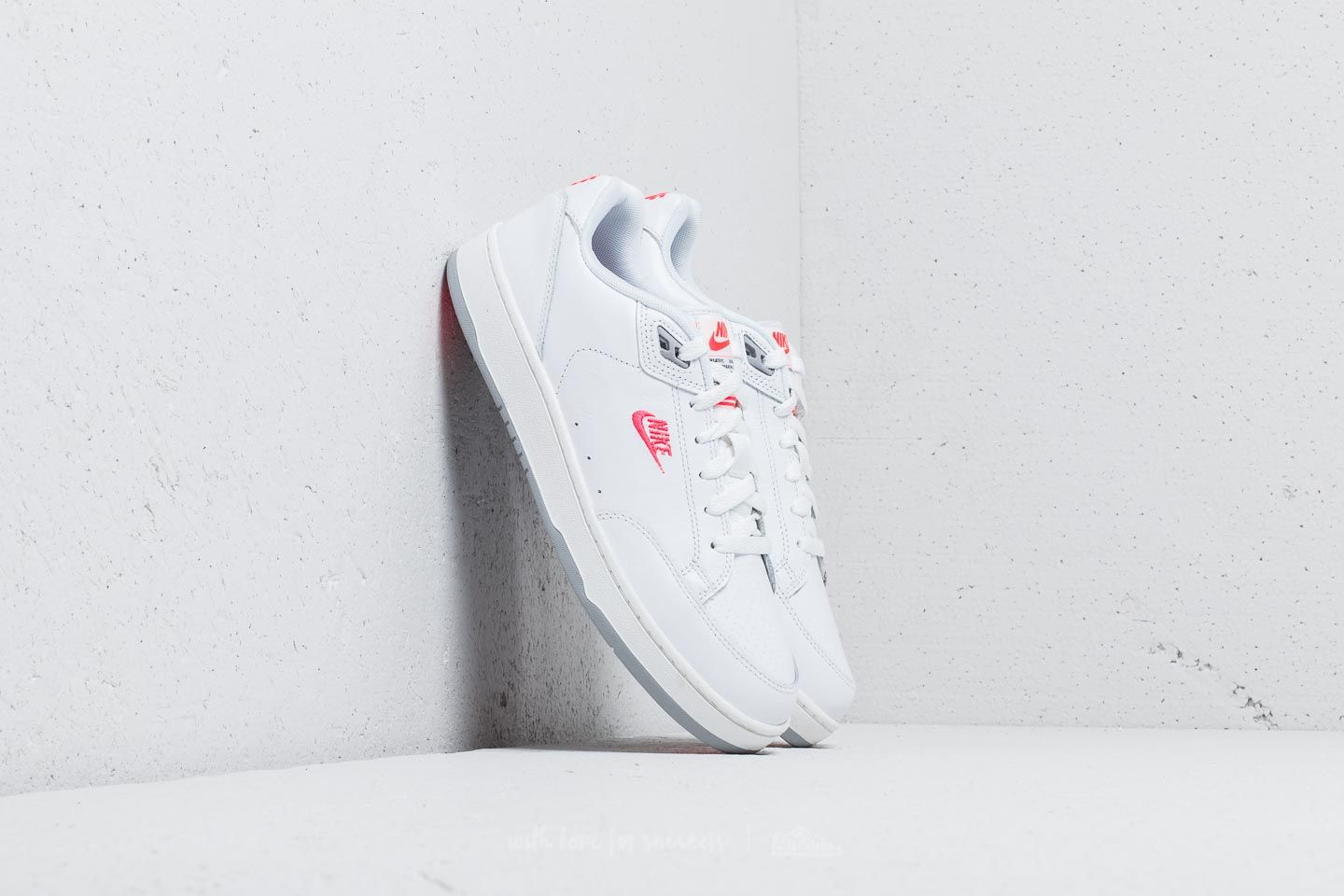 Nike Grandstand II Premium White/ Solar Red-Wolf Grey