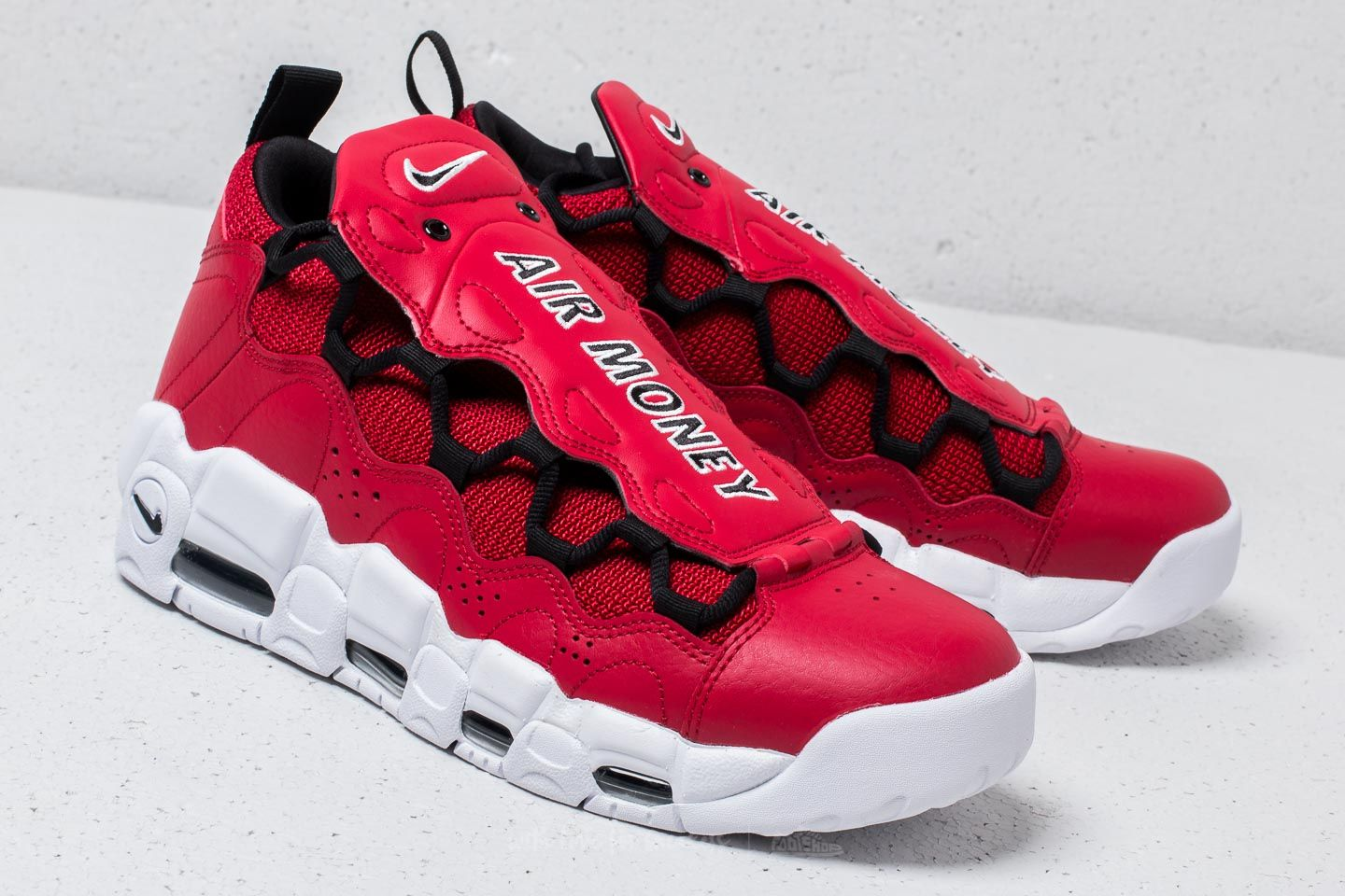 Men's shoes Nike Air More Money Gym Red