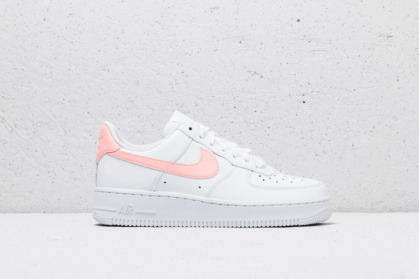 2f354ee5 Nike Wmns Air Force 1 '07 White/ Oracle Pink-White | Footshop
