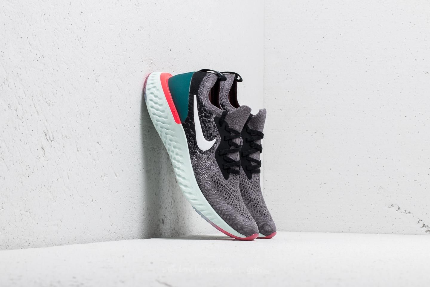 Nike Epic React Flyknit GS Nike Epic React Flyknit (GS) Gunsmoke/ White-Black