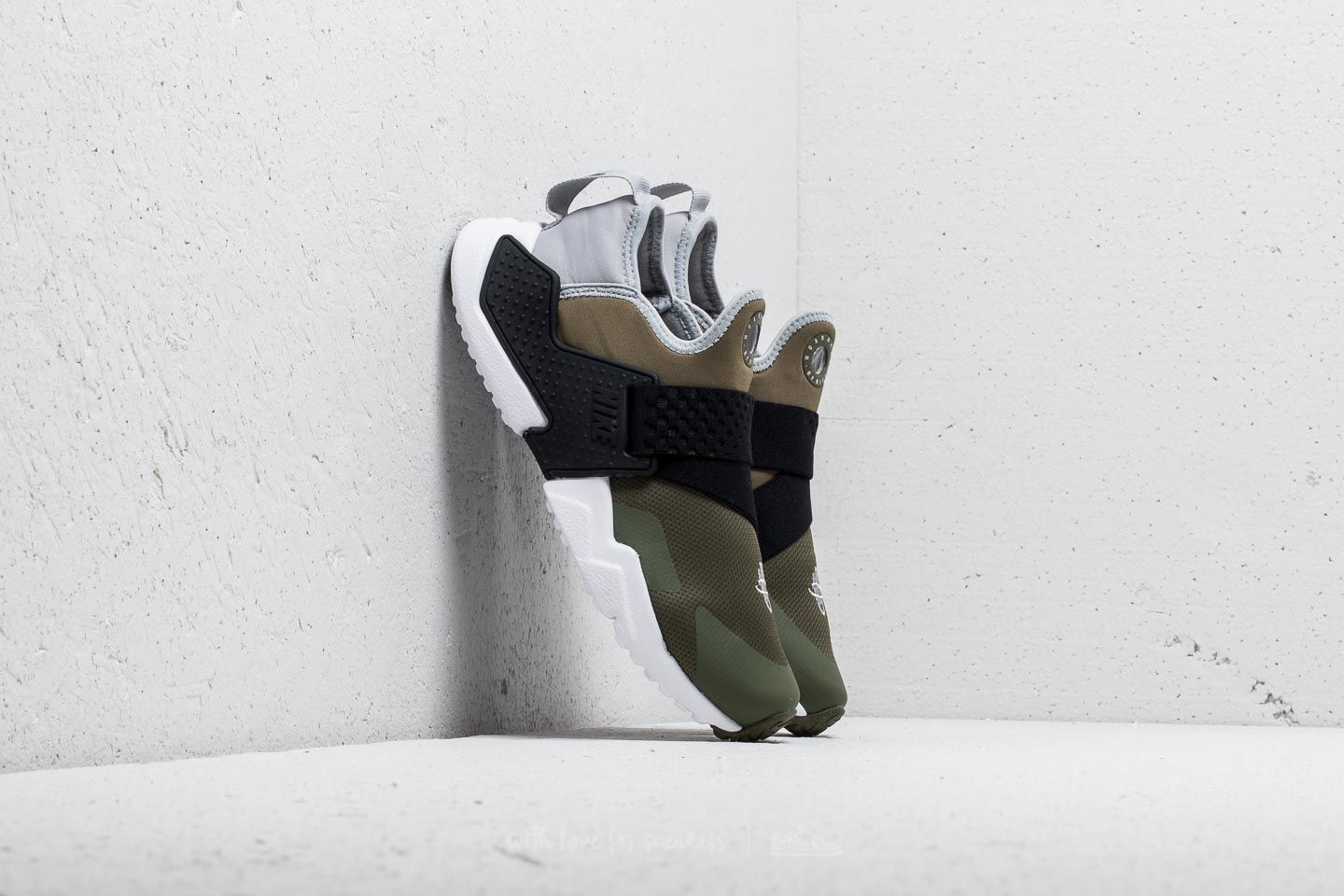 83a244e0f7925 Nike Huarache Run Extreme (GS) Medium Olive  Wolf Grey-Black at a