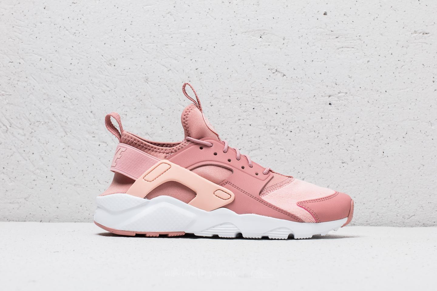 7ca81bcc0e2d ... 50% off nike air huarache run ultra se gs rust pink storm pink white  59da9