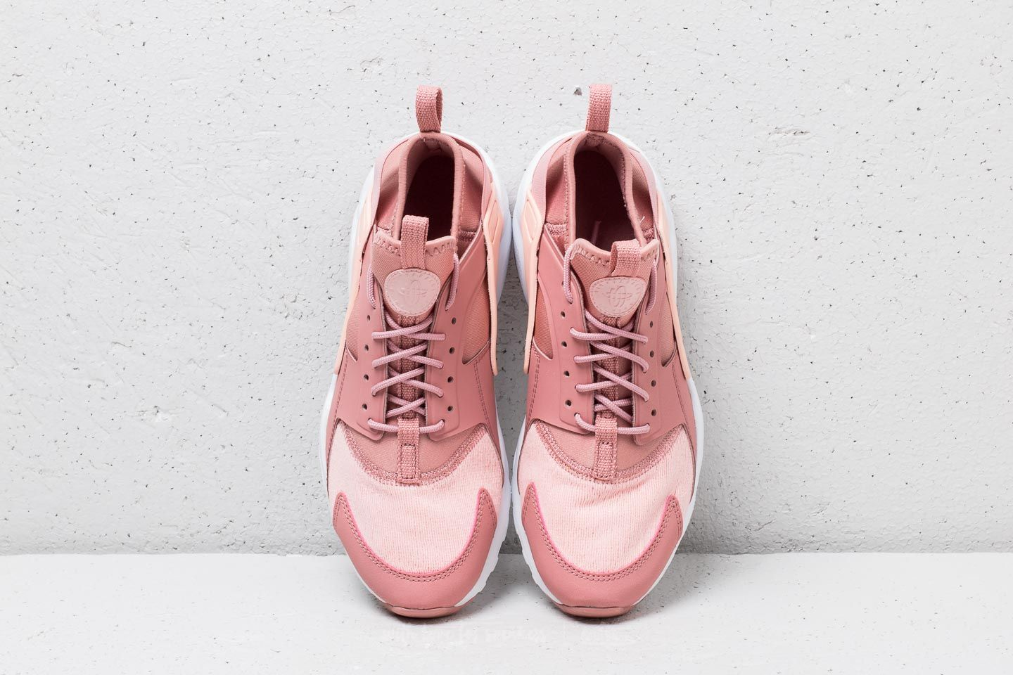 e71ebf4c2fd95 ... 50% off nike air huarache run ultra se gs rust pink storm pink white  5da50