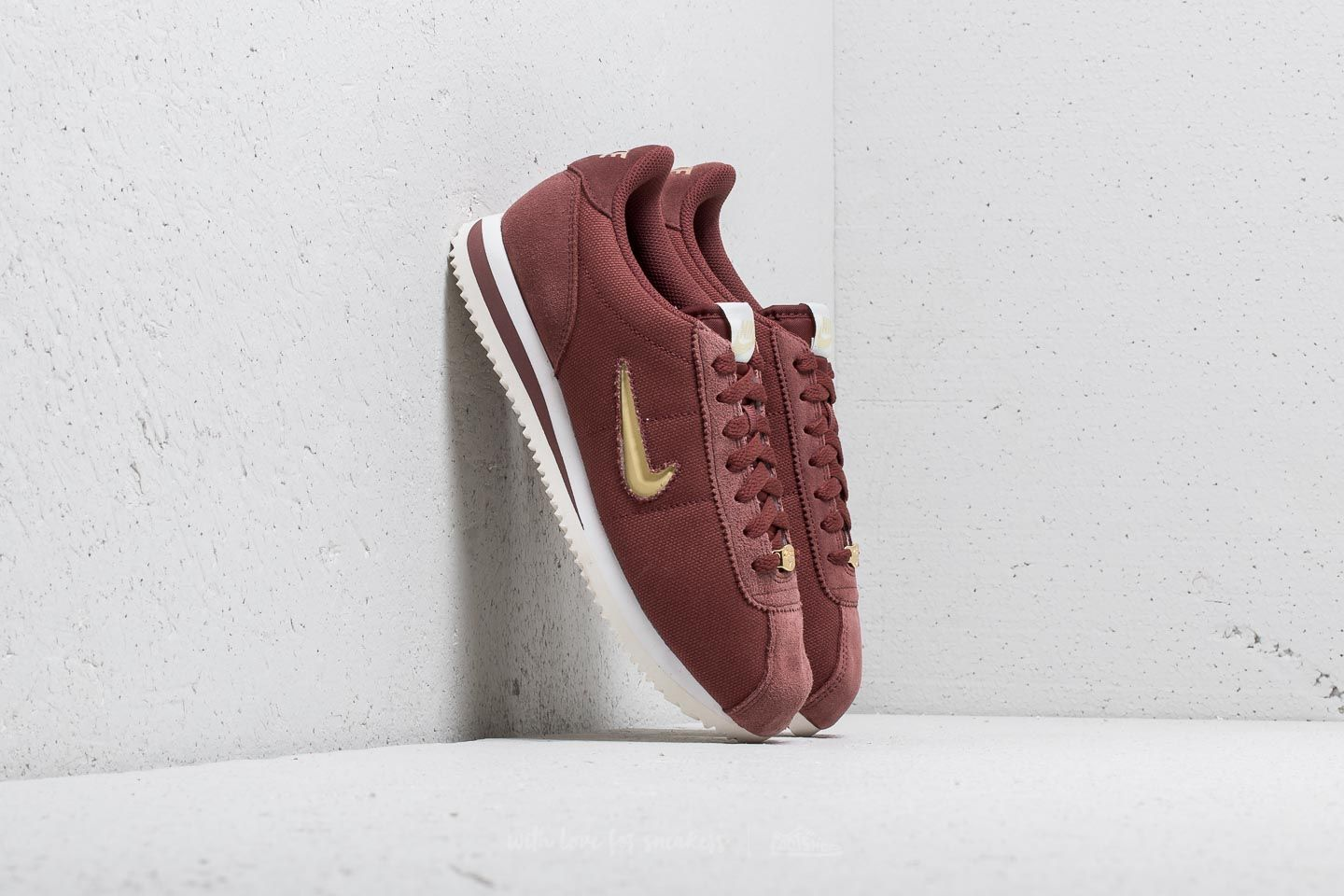 Nike Cortez Basic Jewel ´18 WMNS Red Sepia/ Metalic Gold Star